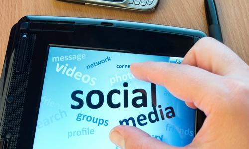 5. Отредактируйте свои аккаунты в  социальных сетях.